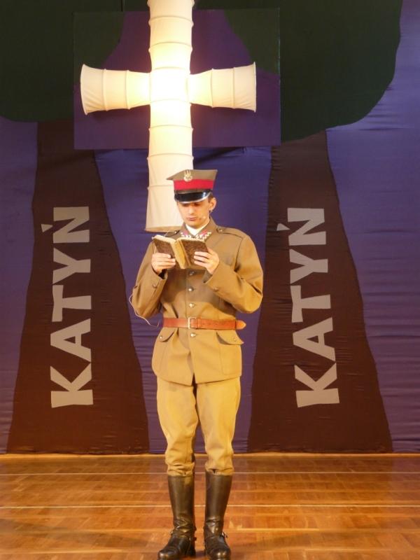 Katyń ... ocalić od zapomnienia